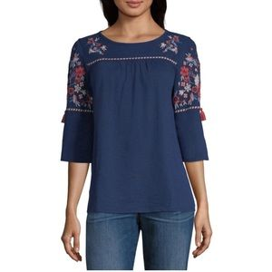 NWT St. John's Bay Embroidered Elbow Sleeve Top